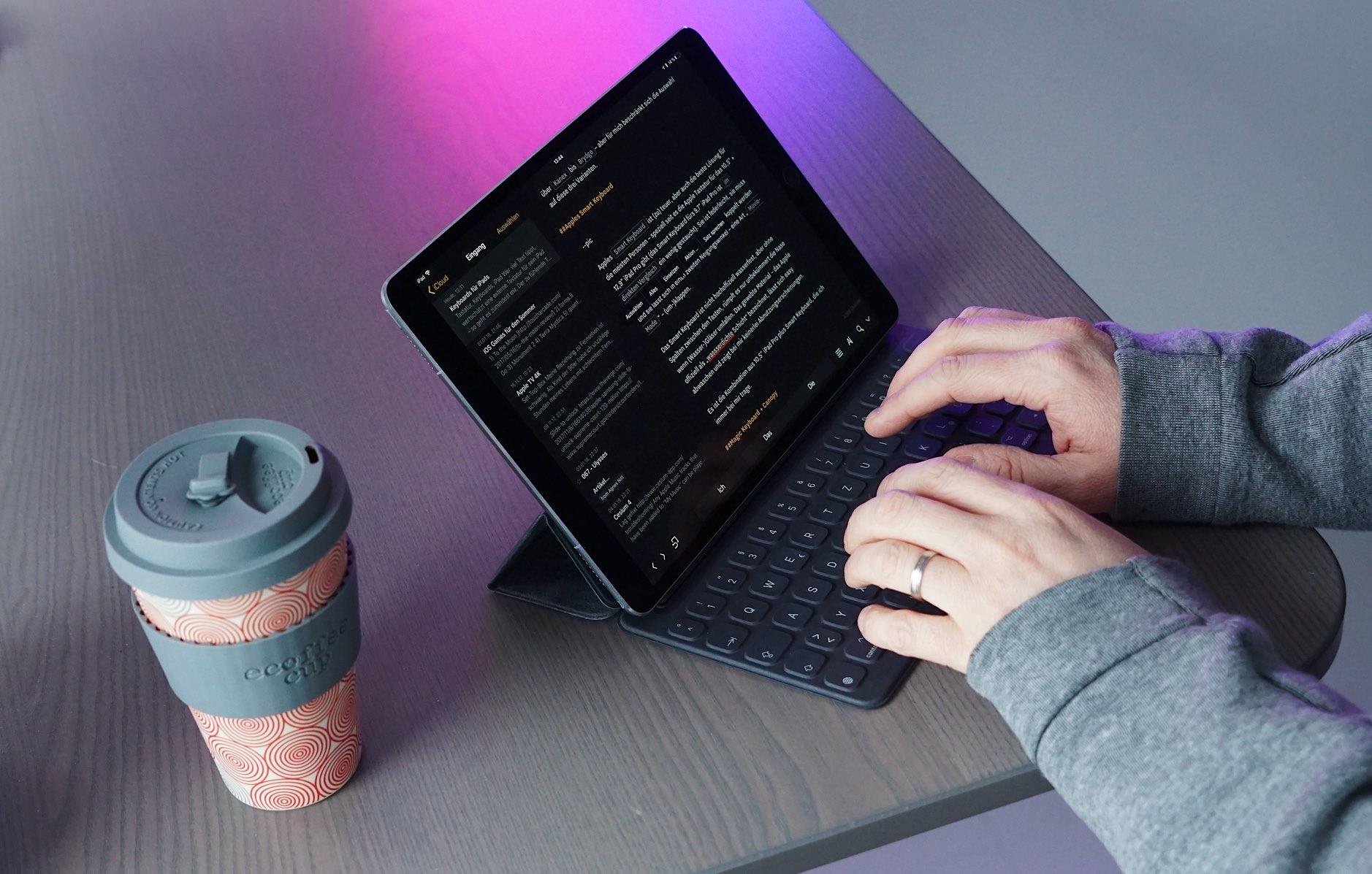 Können Sie eine Maus und Tastatur an ein iPad anschließen